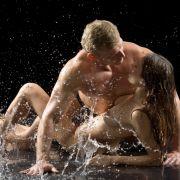 Tod durch Sex. Wildes Liebesleben kann gefährlich sein. Aber auch Unfälle sollten nicht auf die leichte Schulter genommen werden.