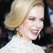 Auch Nicole Kidman setzt bei der Kleiderauswahl auf helle Töne.