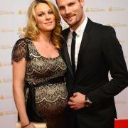 Die Rennfahrer Christina Surer und Martin Tomczyk wurden Anfang 2013 Eltern.