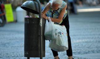 Obdachlose werden in Berlin jetzt von Touristen-Gruppen begafft. (Foto)