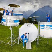 Ebenfalls überdimensional: dieses Schlagzeug-Set.