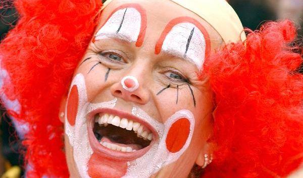 Es gibt in der Weltgeschichte ja nicht nur nette Clowns...