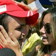 Ihm scheint sein Ritual (siehe Textstrecke) kein Glück zu bringen: Felipe Massa hat seit 2008 kein Rennen mehr gewonnen.