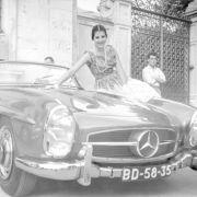 Eine eingetragene Handelsmarke für Fahrzeuge der Daimler AG ist Mercedes-Benz.
