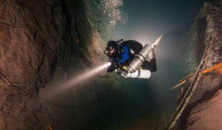 Tauchen im Bergwerk und Besuch im Offshore-Park (Foto)