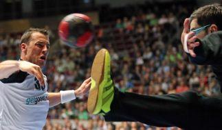 Fehlstart 2014: Handballer verlieren gegen Österreich (Foto)