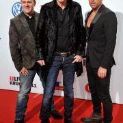 Seit 20 Jahren verdienen sie mit Technomusik ihren Lebensunterhalt: H.P. Baxxter, Rick J. Jordan und Michael Simon (seit 2006).