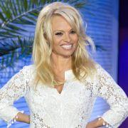 Pamela Anderson geht freiwillig in den Knast (Foto)