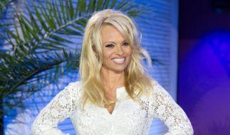 Pamela Anderson kümmerte sich um die Versorgung im Knast von Maricopa County. (Foto)