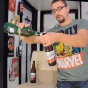 Dave köpft die Bierflaschen natürlich in seinen eigenen vier Wänden - und nichts davon werde weggesschüttet, versichert er.