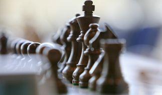 Wegen eines simplen Schach-Zuges bekamen sich die zwei Männer in die Haare. (Foto)