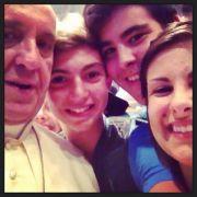 Gern geht Papst Franziskus mit den Gläubigen auf Tuchfühlung.