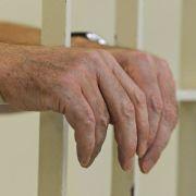 Um kein Risiko einzugehen, werden Straftäter in der Schweiz verstärkt präventiv weggesperrt.