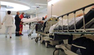 Es sterben weit mehr Menschen durch Behandlungsfehler als im Straßenverkehr. (Foto)