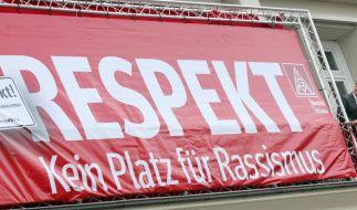 Mönchengladbach wirbt bei Topspiel «Gegen Rassismus» (Foto)