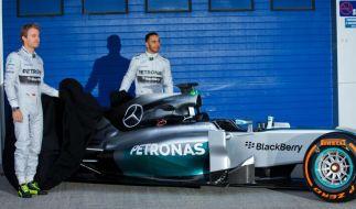 Silberpfeil enthüllt: Mercedes setzt auf elegante Nase (Foto)
