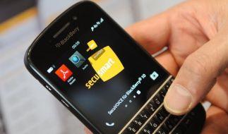 Bund deckt sich mit abhörsicheren Smartphones ein (Foto)