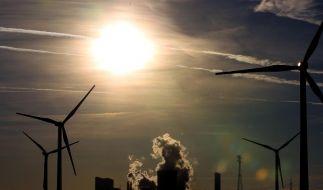 Gabriel: Kostendynamik bei Energiewende durchbrechen (Foto)