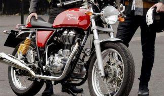 Leidenschaft fürs Motorradfahren schön und gut - aber würden Sie so weit gehen, sich mit einem Feuerstuhl bestatten zu lassen? (Foto)