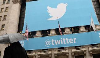 Nach dem erfolgreichen Börsengang ist die Twitter-Aktie deutlich abgebaut. Anleger ziehen sich zurück. War's das mit dem Hype? (Foto)