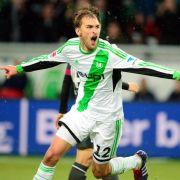 Dost sorgt für Wende:Wolfsburg siegt verdient 3:0 (Foto)