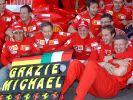 Die Scuderia Ferrari und seine Familie fiebern neuen Reaktionen von Schumi entgegen - doch bislang bleiben diese aus. (Foto)