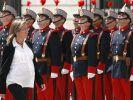Carme Chacón war im siebten Monat schwanger, als sie 2008 ihr Amt als spanische Verteidigungsministerin antrat. (Foto)