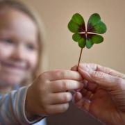 Kinder treffen das Alter: Vom Austausch profitieren beide Seiten (Foto)