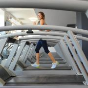 Wahl eines Fitnessstudios: Öffnungszeiten und Lage wichtig (Foto)