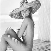Heidi Klum posing for the 2003 Pirelli calende