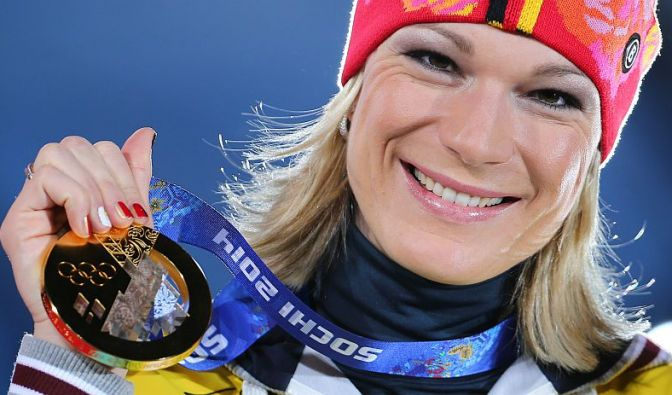 Am Tag darauf legte Maria Höfl-Riesch in der Super-Kombination nach.