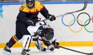 Deutschen Eishockey-Frauen gelingt erster Sieg (Foto)