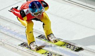 Severin Freund will auf der Großschanze in die Medaillenränge springen. (Foto)