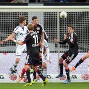 Schalke setzt Siegesserie fort: 2:1 in Leverkusen (Foto)