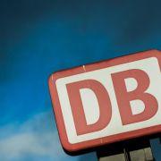 Bericht: Bahn-Gewinn hat sich halbiert (Foto)