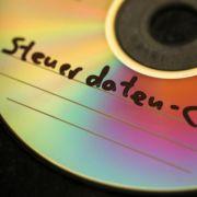 NRW will weiter Steuer-CDs kaufen (Foto)