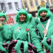 Frosch und Spinnenlinsen - Die Kostümtrends 2014 (Foto)