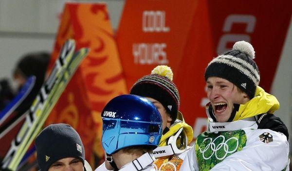 Zum dritten mal in der Olympia-Geschichte holten die Athleten um Andreas Wank, Marinus Kraus, Andreas Wellinger und Severin Freund Gold.