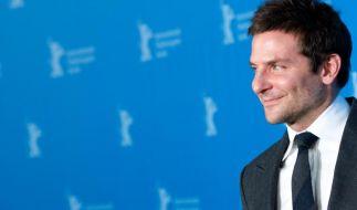 Bradley Cooper steht auf Locken (Foto)