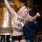 Femen ist Gehirnwäsche und Military-Drill! (Foto)
