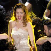 Laetitia Casta bei Auftritt in San Remo umjubelt (Foto)
