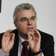 Daimler stellt immer mehr Fremdarbeitskräfte besser (Foto)