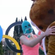 Neues Video: Pussy Riot zeigt Sotschis fiese Fratze (Foto)