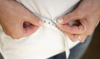 Weg mit dem Speck! Fastenkuren versprechen Gewichtsabnahme in kurzer Zeit. (Foto)