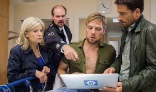 Nach dem brutalen Angriff kann Polizist David Förster (Christoph Letkowski) keinen der möglichen Täter identifizieren. (Foto)