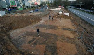 Archäologen legen Befestigung in Römerstadt Nida frei (Foto)