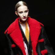 Mailänder Modewoche: Pradas Kontrastprogramm (Foto)