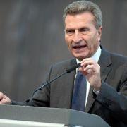 EU-Kommissar Oettinger sagt im Glaeseker-Prozess aus (Foto)