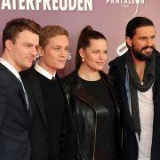 Schweighöfer-Komödie «Vaterfreuden» bleibt vorn (Foto)