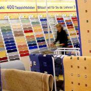 Schadstoffe erschnuppern: Teppichmuster in Marmeladenglas stecken (Foto)